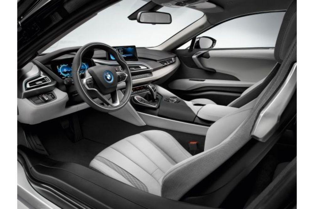 BMW i8クーペ